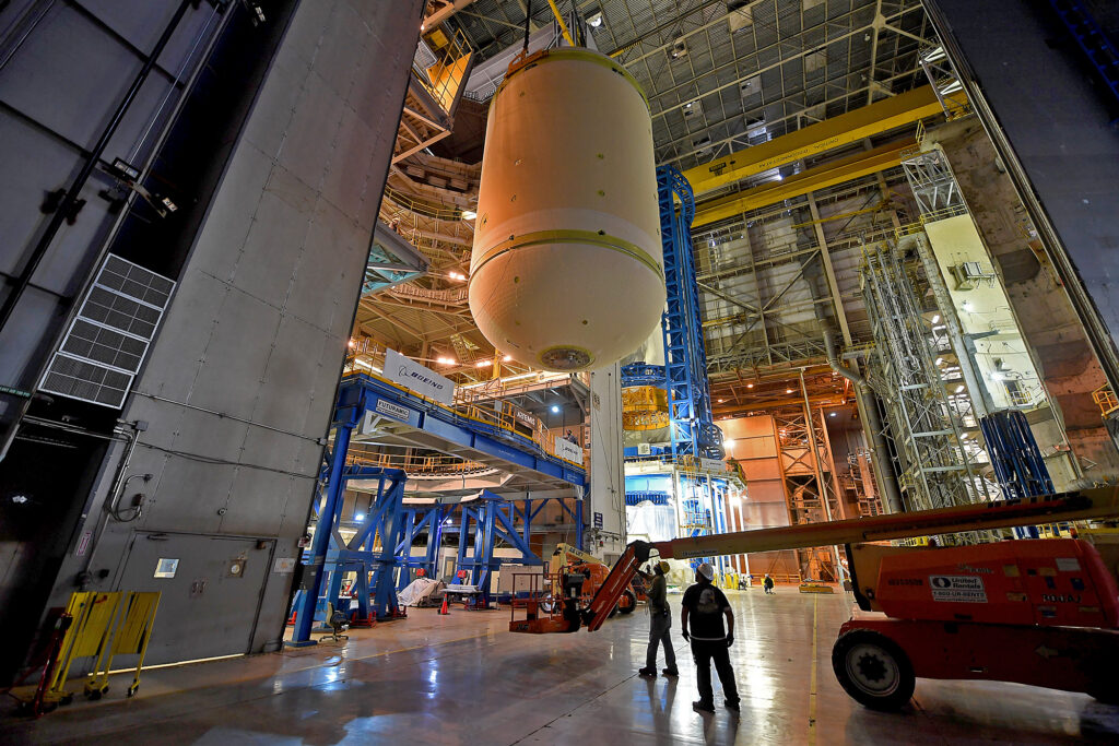 November 2020 - The Cs2 LOX tank is moved into Cell A of Building 131 on Sunday, November 8, 2020.